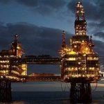 Companiile de petrol si gaze planuiesc mai multe reduceri de locuri de munca