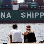 Economia Chinei crește mai lent