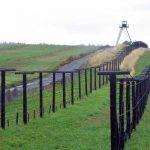 La Viena doar trecand printr-un gard antimigratie