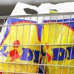 Lidl oprește vânzarea de pungi de plastic