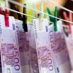 Băncile depozitează bani la BCE