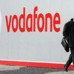 Vodafone trebuie să le dea banii înapoi abonaţilor suprataxaţi pentru serviciile de date în roaming