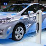 Maşinile electrice ar putea reprezenta o problemă pentru companiile petroliere