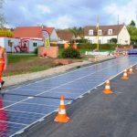 O companie lansează un proiect de acoperire a drumurilor cu panouri solare