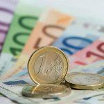 """Euro este în continuare o monedă de """"mâna a doua"""