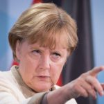 Cancelarul Angela Merkel avertizează împotriva ştirilor false care promovează populismul