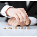 Sindicatele și patronatele nu au ajuns la un consens în privința salariului minim