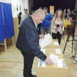 Primarul Ilie Bolojon, primul la vot