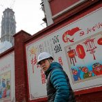 PERICOLUL CHINEZ: China cumpără pentru a înlocui
