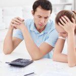 Procedura insolvenţei persoanelor fizice, amânată cu şapte luni