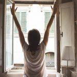 11 lucruri pe care să le faci in fiecare dimineaţă pentru o zi reuşită