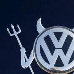 Scandalul emisiilor poluante: Registrul Auto Român nu a sancţionat reprezentanţii grupului Volkswagen