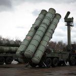 Sisteme de apărare antiaeriană S-400 Triumf instalate în suburbiile Moscovei