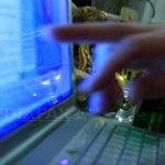 Bilanţul pieţei de comerţ online 2016: Românii cumpără zilnic de 5 milioane de euro
