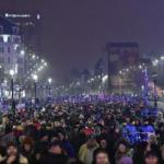 LIVE UPDATE Zeci de mii de persoane protestează în Capitală | Proteste și în țară