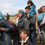 Ungaria nu își va deschide granițele în fața refugiaților care tremură de frig în Serbia