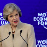Marea Britanie: Premierul Theresa May minimalizează efectele deprecierii lirei sterline