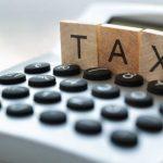 """Legea """"Dragnea"""" pentru eliminarea a 102 taxe nefiscale a fost promulgată de preşedintele Iohannis"""