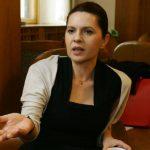 Predoiu şi Săftoiu propun demisia în bloc a parlamentarilor PNL, pentru a forţa alegerile anticipate. Alina Gorghiu susţine propunerea