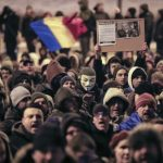În România invadată de corupție, oficialii tolerează de acum micile abuzuri