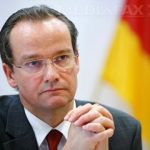 Presedintele Comisiei pentru afaceri europene din Bundestag cere ca Sorin Grindeanu sa fie convocat de urgenta la Bruxelles pentru retragerea Ordonantei controversate