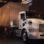 Amazon transportă date cu camionul