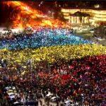 România(ei) nu (i) se rupe'n doua, domnilor de la putere