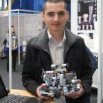 La Satu Mare roboții creați de elevi într-o competiție tehnică chiar funcționează
