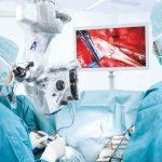 Oradea intră în cărți, prima operație de neurochirurgie cu un microscop de peste un sfert de milion de euro