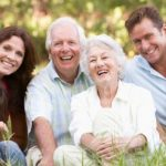 Mulți oameni vor ajunge să trăiască peste 90 de ani până în 2030