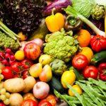 Zece porții de fructe și legume pe zi scad cu 31% riscul de moarte prematură