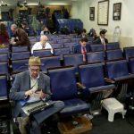 Ziariștii New York Times și CNN au primit interdicție la Casa Albă
