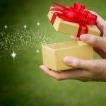 Orășenii cheltuiesc în medie 180 de lei pentru cadourile de 1 și 8 Martie; bijuteriile, dulciurile și cosmeticele, cele mai cumpărate