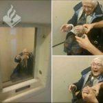 O femeie de 99 de ani din Olanda și-a îndeplinit visul de a fi arestată