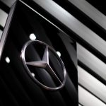 Daimler recheamă un milion de automobile