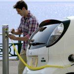 Daniel Constantin, ministrul Mediului, ne LUMINEAZĂ cu privire la taxa care ar înlocui timbrul de mediu. 10000 EURO prima pentru mașini electrice