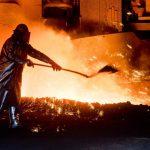 Oțelarii primesc salarii mai mari