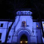 Palatul Cotroceni, iluminat în albastru, duminică seara, de Ziua Internațională de Conștientizare a Autismului