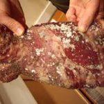 Carne expirata confiscate de politisti