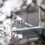 Apple este interesată de divizia de cipuri de la Toshiba