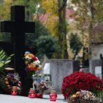 Accesul în Cimitriul Municipal de Paştele Morţilor
