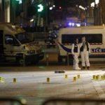 Atentat înainte de alegerile prezidențiale, un polițist ucis pe Champs Elysées