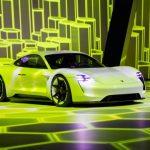 Românii au cumpărat peste 400 de mașini 'verzi', în primul trimestru; creștere a vânzărilor de 223% pe acest segment (APIA)