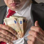 Reîncepe circul: Condamnaţii pentru fapte de corupţie, INCLUŞI pe lista pentru graţiere