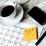 Opt moduri prin care sa prioritizezi în mod eficient lucrurile din lista de sarcini