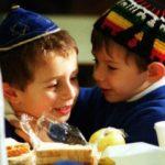 Pe exemplul evreilor-genii, care sunt regulile de educare ale copilului