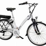 Pedalând spre viitor folosind bicicleta electrică
