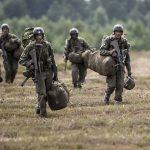 NATO pedepsește Austria