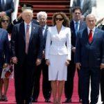 Ținuta și gesturile Melaniei Trump, mai elocvente decât cuvintele, surprinse în detaliu de camerele de luat vederi