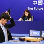 AlphaGo al Google, aplicatie de inteligență artificială, a castigat in China intalnirea cu campionul mondial la jocul de Go